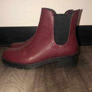 AEO Chelsea Lug Boot